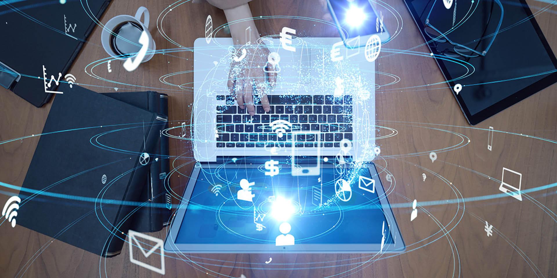 Eine grafische Darstellung aller Datenmengen und Strahlungen, die von einem Laptop ausgehen.